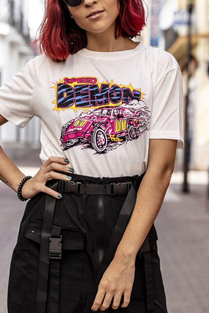 Camiseta estampado letras y coche Speed Racer